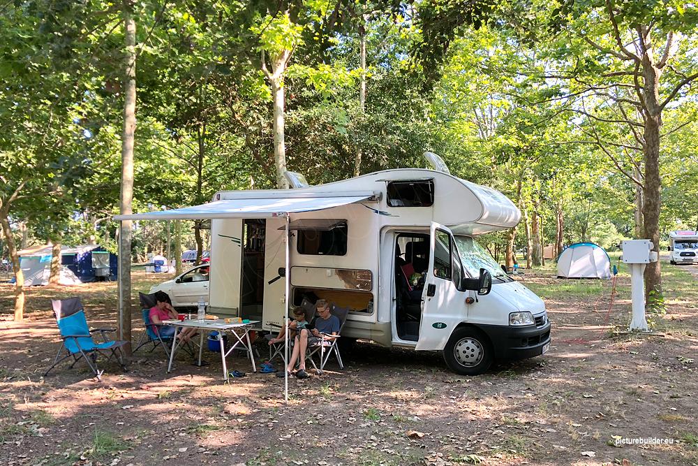 Campingplätze an der Ostküste Korsikas